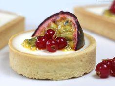 Panacotta with passion fruit pie shortbread