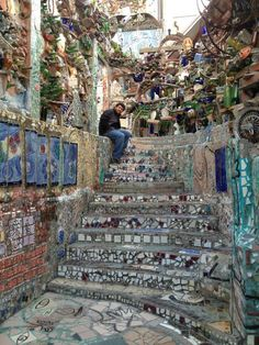 Philadelphia's Magic Gardens (PMG) preserves the mosaics of Isaiah Zagar and educates visitors about folk art and the history of Philadelphia's South Street. www.phillymagicgardens.org