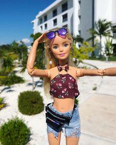 Bad Barbie, Barbie Dolls Diy, Barbie Fashionista Dolls, Diy Barbie Clothes, Barbie Outfits, Barbie Life, Barbie Wedding Dress, Barbie Dress, Barbie Tumblr