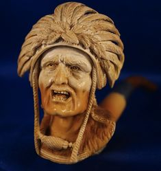 Ricketts contacted an official from the Seminole Nation in Florida to confirm that this pipe is modeled after Chief Osceola.