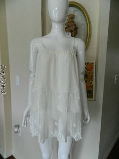 Romeo and Juliet Couture magnolia floral lace ivory pearl color tunic NEW  $118 #RomeoJulietCouture #Tunic