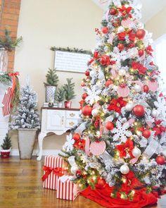 christmas.beauty on Poshinsta • Posts, Videos & Stories #poshinsta 43 days till Christmas ✨ Hope you're having a Merry Monday✨ Photo credit: sandracozycottage . . . . . #redandwhite #red #white #christmasdecor #homedecor #design #style #inspire #christmas #christmastree #candycane #elves #gingerbread #eggnog #joy #happy #love #fun #peace #hohoho #santa #noel #festive #ornaments #flowers #snow #snowflakes #flockedtree #flocked Days Till Christmas, Christmas Tree Farm, Christmas Decorations, Holiday Decor, Candy Cane, View Photos, Snowflakes, Gingerbread, Red And White