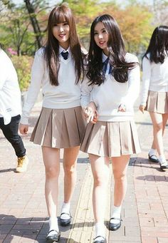 School Uniform Outfits, Cute School Uniforms, School Girl Outfit, Girls Uniforms, Girl Outfits, Cute Outfits, School Fashion, Girl Fashion, Korean Girl