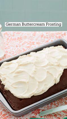 Frosting Recipes, Buttercream Frosting, Cake Recipes, Dessert Recipes, Cake Decorating For Beginners, Cake Decorating Tools, Cupcake Cakes, Cupcakes, Pie Dessert