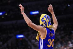 Stephen Curry of the Golden State Warriors reacts during the fourth quarter against the San Antonio Spurs during Game Three of the 2017 NBA Western. Best Nba Players, Basketball Players, 2018 Nba Champions, Stephen Curry Pictures, Warriors Stephen Curry, Ian Clark, Golden State Warriors Pictures, Splash Brothers, Shaun Livingston