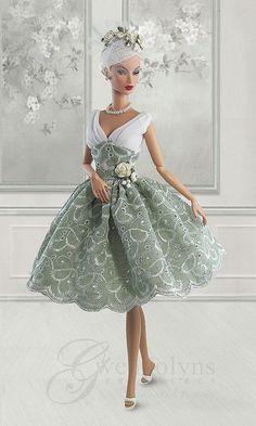 Lacy Sage via Viki Watson Beautiful Barbie Dolls, Vintage Barbie Dolls, Pretty Dolls, Barbie Gowns, Barbie Dress, Barbie Clothes, Fashion Royalty Dolls, Fashion Dolls, Glamour Dolls