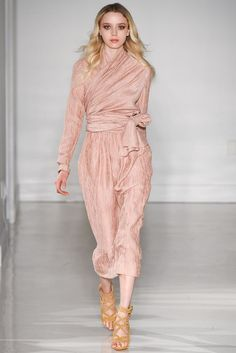 REPIN this Jill Stuart look and it could be yours to rent next season on Rent the Runway! #RTRxNYFW