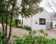 Littlewood Garden Cottage in Cape Town Double Bedroom, Two Bedroom, Cape Town Accommodation, Bbq Area, Private Garden, Single Beds, Garden Cottage, Outdoor Furniture, Bad