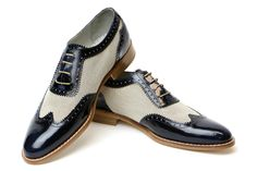 Combination of Blue Leather and Warm White Fabric on Handmade Wingtip Classic Oxford Shoes