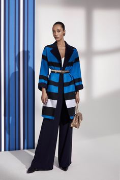 Escada  #VogueRussia #resort #springsummer2019 #Escada #VogueCollections