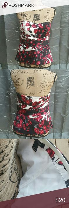 WHBM floral bustier Excellent lightly used condition. Zipper works, no rips or stains. Silicon like band around back to help stay up. Boning in front. White House Black Market Tops Blouses