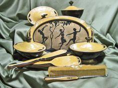 Vintage Art Deco Vanity Set Celluloid by TheEclecticDiva on Etsy Antique Vanity, Vintage Vanity, Vintage Art, Vintage Beauty, Vintage Fashion, Vintage Dressing Tables, Dressing Table Vanity, Art Nouveau, Art Deco Vanity