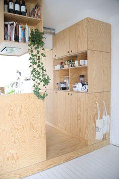 Interior Design Kitchen, Kitchen Decor, Kitchen Ideas, Pine Kitchen, Kitchen Small, Kitchen Designs, Plywood Kitchen, Plywood Cabinets, Plywood Interior