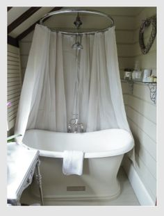 1000+ images about Bagni on Pinterest  Stiles, Tubs and Bathroom