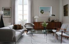 Scandinavian Modern furniture by ZROBYM Architects Mid-century Interior, Interior Architecture, Elegant Living Room, Ottoman, Piece A Vivre, Modern House Plans, Scandinavian Modern, Small Apartments, Decoration