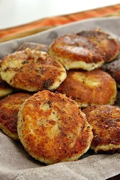 Gorgonzola Potato Cakes – from leftover mashed potatoes