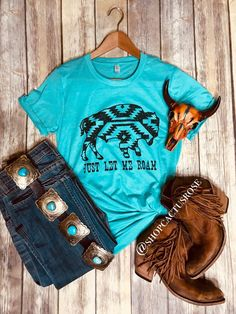 We're living for this fun graphic! Printed on a soft cotton blend and pairs perfect with your favorite bells and fringe booties! Cowgirl Style, Western Style, Rose Boutique, Fringe Booties, Boutique Clothing, Casual Shirts, Graphic Tees, Womens Fashion, Fashion Trends