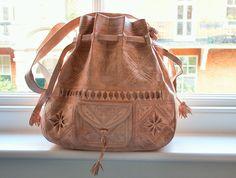 Just ONE cream wanderlust bag left ! #moroccan #handmade <3  http://be-snazzy.com/moroccan-wanderlust-bag-cream