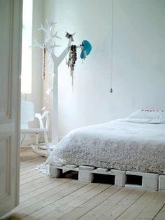 EN MI ESPACIO VITAL: Muebles Recuperados y Decoración Vintage: Decoración de reciclaje: Camas con palés { Pallet beds }