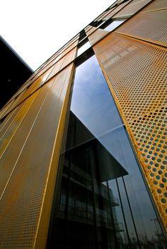 Galería de Detalles constructivos de arquitectura en acero corten - 19