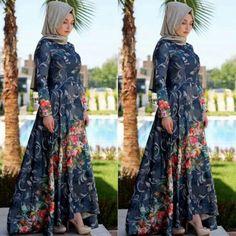 Merve Gündüz Lacivert Floral Abiye 495 TL  Beden Seçenekleri ile ( 36-44 ) www.markamoda.com da ✔ #fashion #fashiondesigner #hijabfashion #hijabi #instafashion #styles #style #tesettürmoda #tesettürtrend #moda