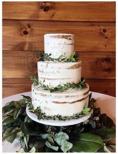 Naked Wedding Cake, Fall Wedding Cakes, Wedding Cake Rustic, Wedding Cakes With Cupcakes, Rustic Cake, Wedding Desserts, Wedding Cake Table Decorations, Wedding Cake Gold, Purple Wedding