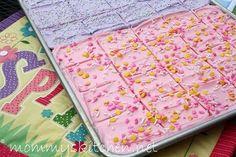 Mommy's Kitchen: Frosted Cream Cheese Sugar Cookie Bars