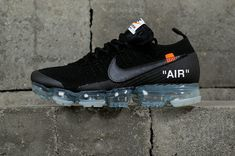 nouvelle arrivee Off White blanc x Nike Air VaporMax 2 0 Black Noir Youth Big Boys Shoes Popular Sneakers, Popular Shoes, Sneakers For Sale, Air Max Sneakers, Yeezy, Nike Looks, Irving Shoes, Off White Shoes, Black Noir