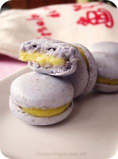 lavender lemon macaron