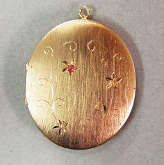 Very Large Vintage 1950's Brushed Gold Tone Locket