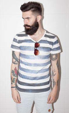 Justin has decided tho grow his beard to an absurd length, I'm excited I Love Beards, Great Beards, Beard Boy, Beard No Mustache, Trendy Mens Fashion, Look Fashion, Beard Lover, Beard Tattoo, Hair And Beard Styles