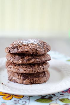 Chocolate Chip Brownie Mix Cookies - I had to use 1/3 cup flour, 2 eggs, 1/3 cup oil and 3 tbsps of water to get the right consistancy.