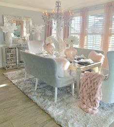 Dining Room Decor - Get the Modern Dining Room Furniture For Your Home Pink Dining Rooms, Dining Room Table Decor, Luxury Dining Room, Dining Room Design, Dining Room Furniture, Furniture Design, Modern Furniture, Glam Living Room, Living Room Decor