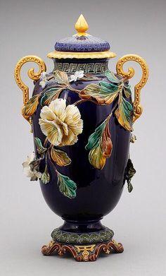 Lidded Barbotine Majolica Vase c. 1800: