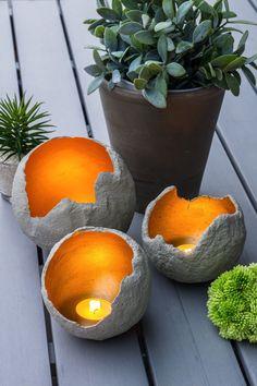 zur beleuchtung im garten windlichter aus beton selber machen bsteln pinterest windlicht. Black Bedroom Furniture Sets. Home Design Ideas