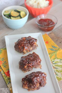 These mini meat loaves make a perfect quick and easy weeknight meal!