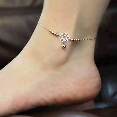 Anklet, it looks like a dream catcher.