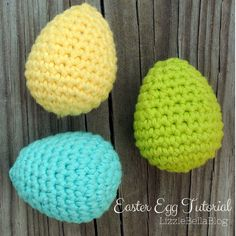 Free Easter Egg Tutorial - great photos of how to make these adorable eggs!  Super quick and easy peasy.