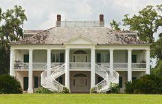 Evergreen Plantation (Wallace, Louisiana) | 11 Must-See Black History Destinations To Visit Across America