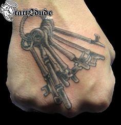 key and tattoo Body Art Tattoos, Cool Tattoos, Grey Tattoo, Art Tutorials, Tattoo Artists, Photo Art, Tatting, Black And Grey, Key