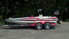 Best looking CAT Bass Fishing Boats, Bass Boat, How To Look Better, Toy, Cats, Fishing Boats, Gatos, Kitty Cats, Game