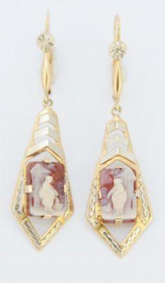 Regional ear pendants in gold set with cameos from Loire region, France