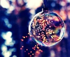 Merry christmas shared by Andrea Chiappa on We Heart It Christmas Mood, Merry Little Christmas, Noel Christmas, Christmas Is Coming, Christmas Balls, Christmas And New Year, All Things Christmas, Christmas Lights, Christmas Ornaments