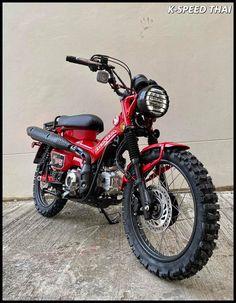 Honda Scrambler, Cafe Racer Honda, Scrambler Motorcycle, Honda Motorcycles, Custom Motorcycles, Cars And Motorcycles, Tracker Motorcycle, Moto Bike, Bike Chopper