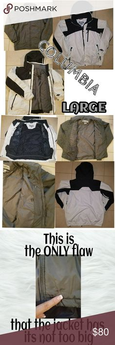 COLUMBIA men's jacket Stay warm with this very comfortable jacket... Normal wear... in very good condition all zippers work & all buttons work. Columbia Jackets & Coats