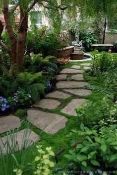 Front Yard Garden Design Top 10 Shade Garden Ideas For The Backyard Small Gardens, Outdoor Gardens, Front Yard Gardens, Amazing Gardens, Beautiful Gardens, Magical Gardens, Beautiful Park, Stone Garden Paths, Stone Paths