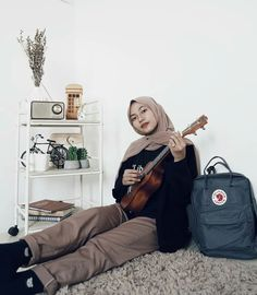 Ootd Hijab, Hijab Outfit, Hijab Fashion, Style Fashion, Casual Outfits, Decoration, Girls, Instagram, Casual Wear