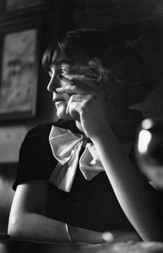 Edith Piaf, 1940, a photo by Jean Gabriel Séruzier