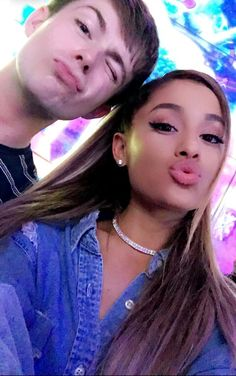 Ariana Grande and her friend Cat Valentine, Broadway, My Everything Ariana Grande, Bae, Ariana Grande Dangerous Woman, Ariana Grande Photos, Nickelodeon, Role Models, Victorious