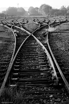 I fear of getting stuck while walking on a train track and then getting hit by a train /: Locomotive, Train Ho, Abandoned Train, Bonde, Train Pictures, Old Trains, Train Tracks, Model Trains, Railroad Tracks